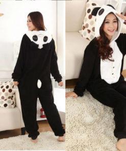 На картинке пижама-кигуруми «Панда», вид спереди и сзади.
