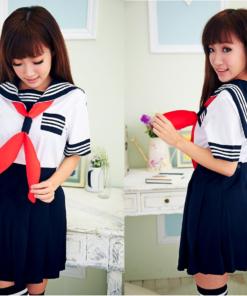 На картинке японская школьная форма (Вариант 8), вид спереди и сзади.