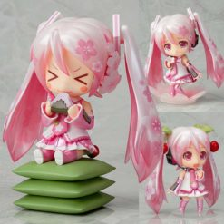 На картинке фигурка нендроид Хатсуне Мику (Japanese cherry), общий вид с разных сторон.