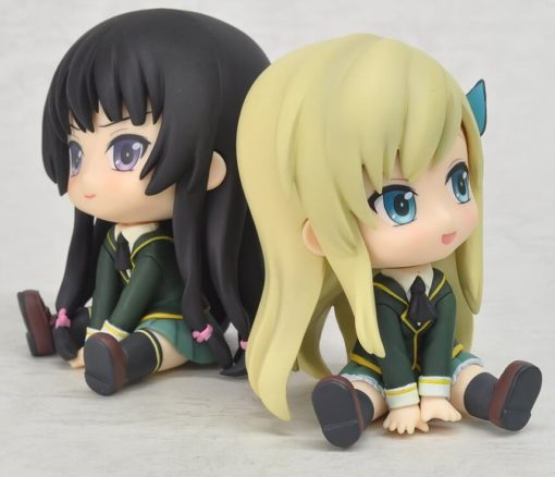 На картинке фигурка Сэны и Ёдзоры (У меня мало друзей), общий вид.