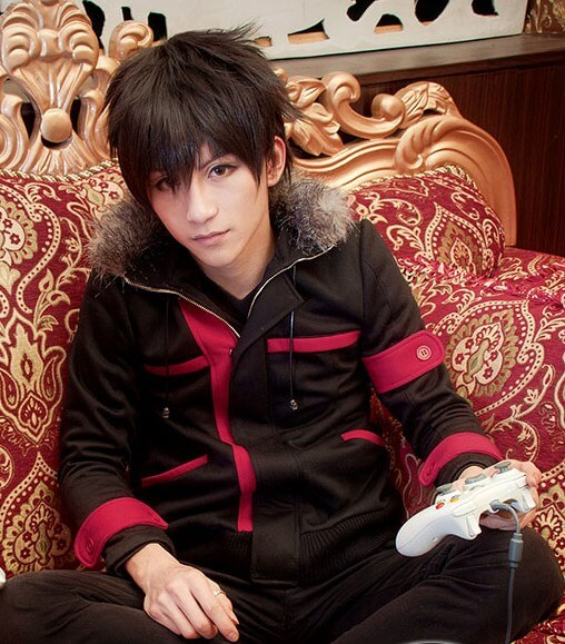 На картинке куртка Кирито «Sword Art Online», вид спереди.