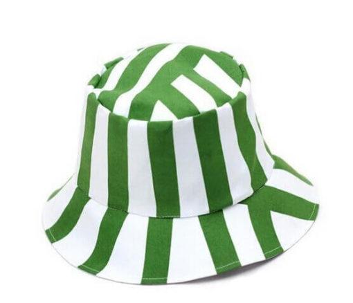 На картинке шляпа Урахары (Блич).