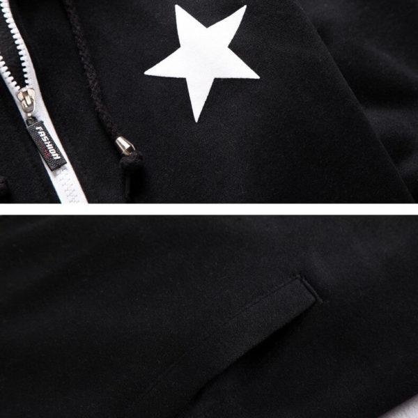 На картинке толстовка Black rock shooter, детали.