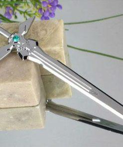 На картинке брелок-меч «Sword Art Online» (3 варианта), вариант Сокрушитель тьмы.