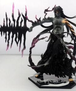 На картинке фигурка Ичиго Мугетсу (Блич), вид спереди.