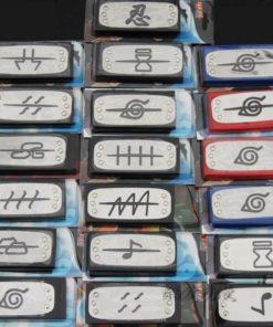 На картинке повязки (банданы) из Наруто, разные варианты.