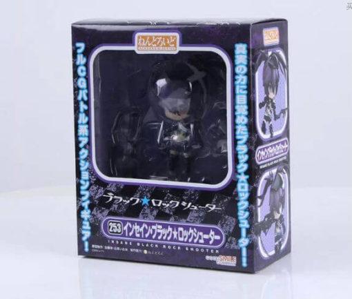 На картинке фигурка Insane Black Rock Shooter, вид в упаковке.
