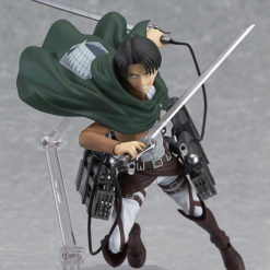 На картинке фигурка капрала Леви Аккерман (Атака Титанов), общий вид.