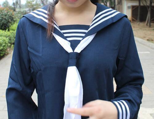 На картинке японская школьная форма (Вариант 2), детали.