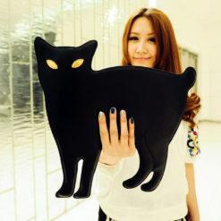 На картинке сумка-клатч кошка (6 вариантов), вид спереди, цвет черный.