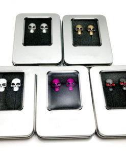 На картинке наушники с черепами (5 вариантов), вид в упаковке.