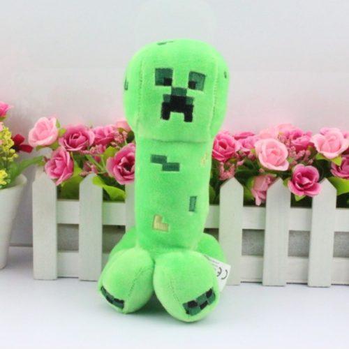 На картинке мягкая игрушка Крипер из Майнкрафт (Minecraft CREEPER).