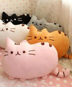 На картинке подушка игрушка Пушин кэт (Pusheen the cat), 5 вариантов.