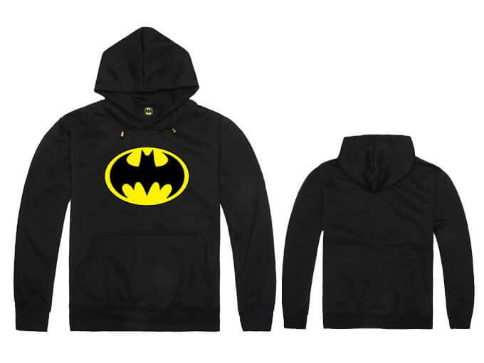 На картинке толстовка Бэтмен (5 цветов), вид спереди и сзади, цвет черный.