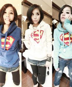 На картинке толстовка Супермен женская (Superman) (3 цвета), вид спереди.