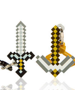 На картинке набор брелков Кирка и Меч из Майнкрафт (Minecraft).