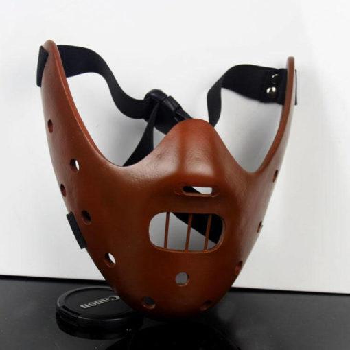 На картинке маска доктора Ганнибала Лектора (3 цвета), общий вид, цвет коричневый.