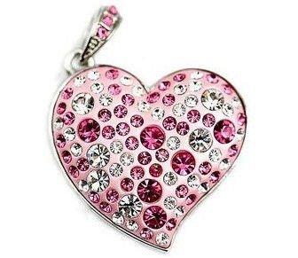 На картинке кулон-флешка в виде сердца со стразами, вид спереди.