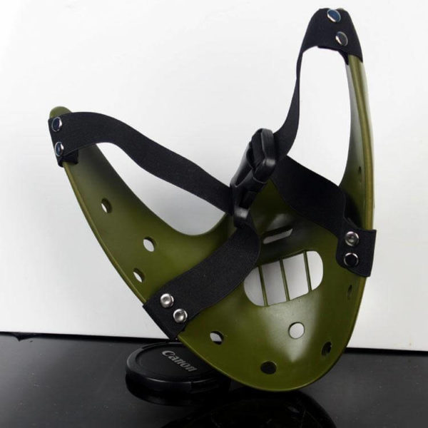 На картинке маска доктора Ганнибала Лектора (3 цвета), вид сзади, цвет зеленый.