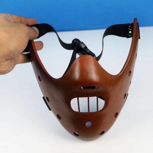 На картинке маска доктора Ганнибала Лектора (3 цвета), вид спереди, цвет коричневый.