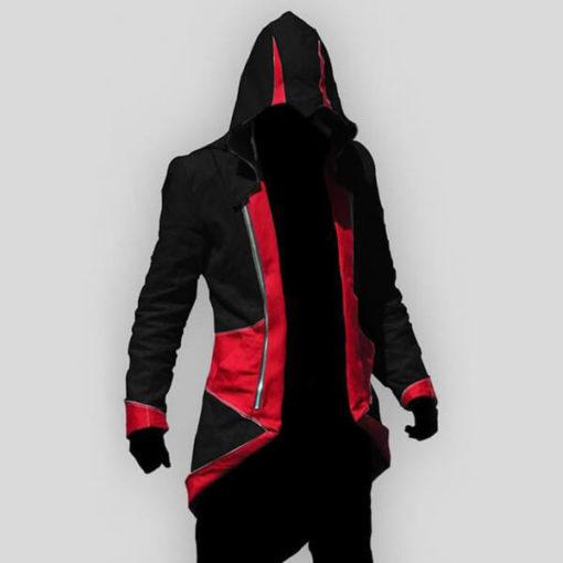 На картинке толстовка Ассасина exclusive (Ассасин крид), черно-красная, вид спереди.