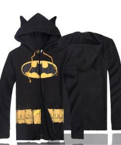 На картинке толстовка Бэтмен (2 варианта), вид спереди и сзади, цвет черный.