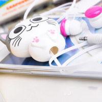 На картинке наушники котенок Ти (2 варианта), вариант С открытыми глазами.
