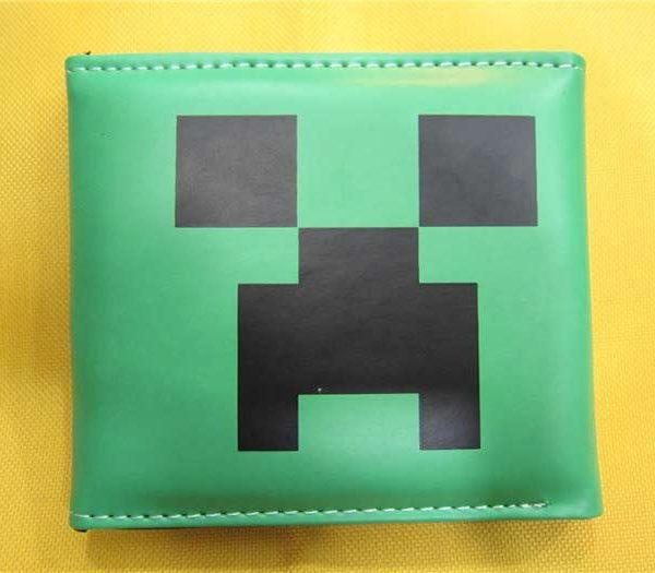 На картинке кошелек Майнкрафт (Minecraft) — «Крипер», вид спереди.
