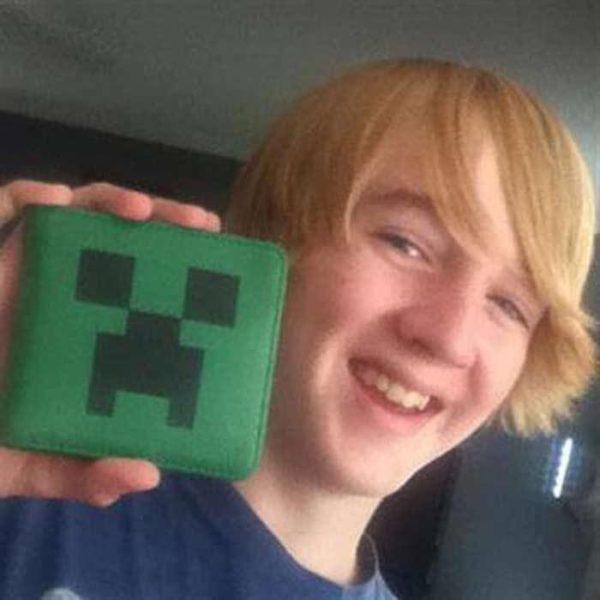 На картинке кошелек Майнкрафт (Minecraft) — «Крипер», общий вид.