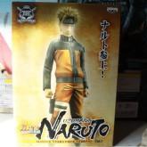 На картинке фигурка Наруто Узумаки (Наруто), упаковка.