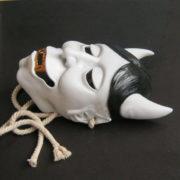 Японская маска демона Хання (Кабуки) фото
