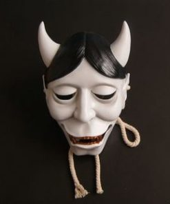 На картинке японская маска демона Хання (Кабуки), вид спереди.