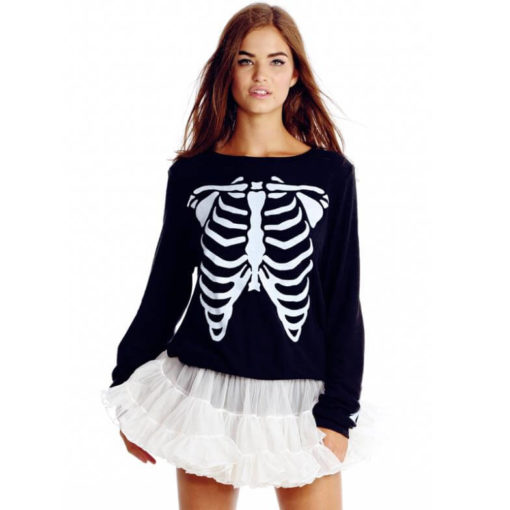 На картинке толстовка-свитшот скелет, вид спереди.