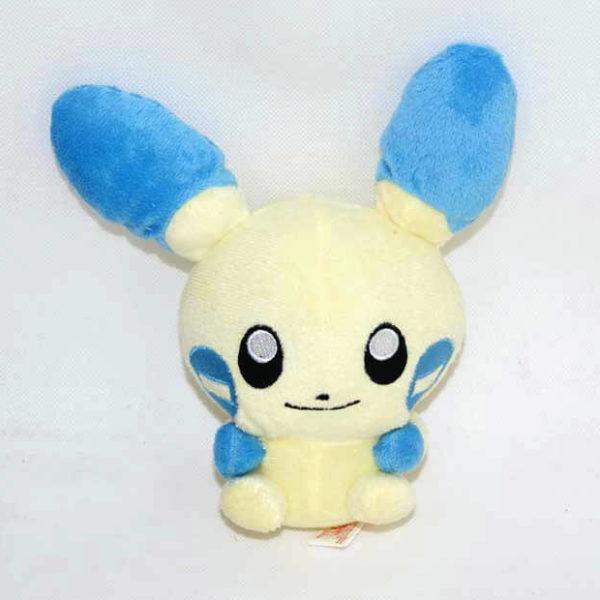 На картинке мягкая игрушка покемон «Плюсл и Минусл» (Покемон), вид спереди, вариант Синий.