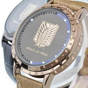 На картинке наручные часы Атака титанов, детали.