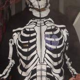 На картинке толстовка скелет (2 цвета), вид спереди, цвет черный.