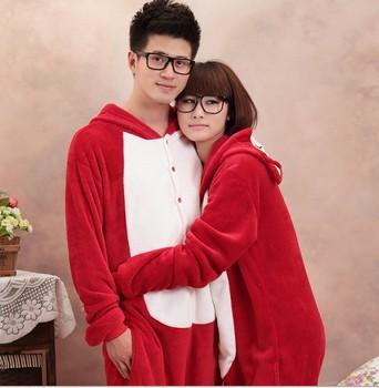 На картинке пижама-кигуруми «Лиса» (3 варианта), общий вид, вариант Красная лиса.