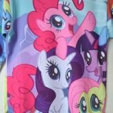 На картинке свитшот и леггинсы «My little pony», детали (свитшот).
