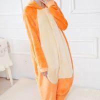 На картинке пижама-кигуруми «Обезьяна» (Обезьянка), общий вид.