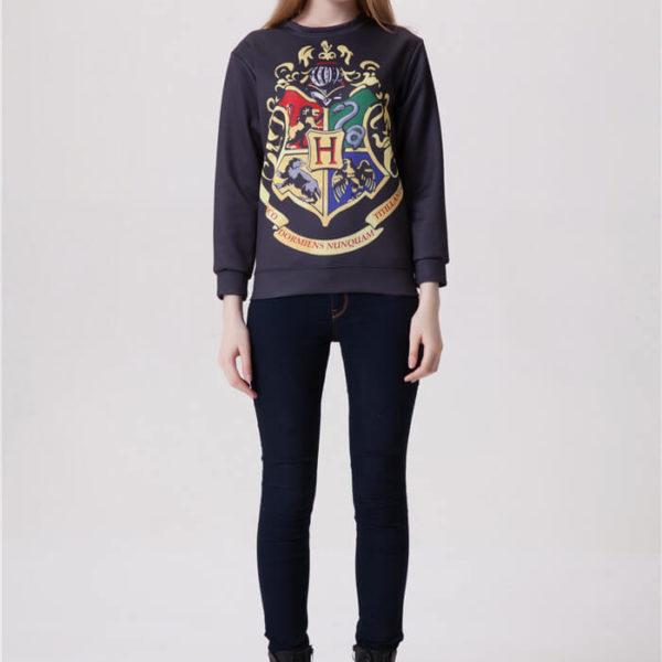 На картинке толстовка-свитшот «Хогвартс» (Гарри Поттер), вид спереди.