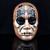 На картинке маска Пожирателя смерти (Гарри Поттер), вид спереди.