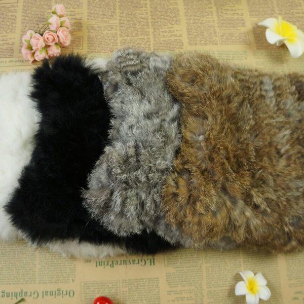 На картинке зимняя меховая шапка с кошачьими ушками (ушами), общий вид, 4 варианта.