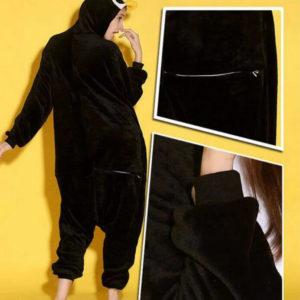 На картинке пижама-кигуруми «Пингвин», детали.