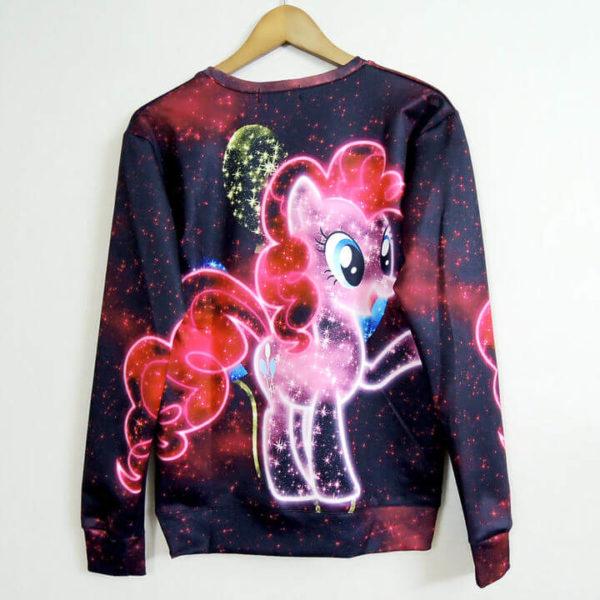 На картинке свитшот пони Пинки Пай (Pinkie pie) из «Мy little pony» (Дружба это чудо), вид сзади.