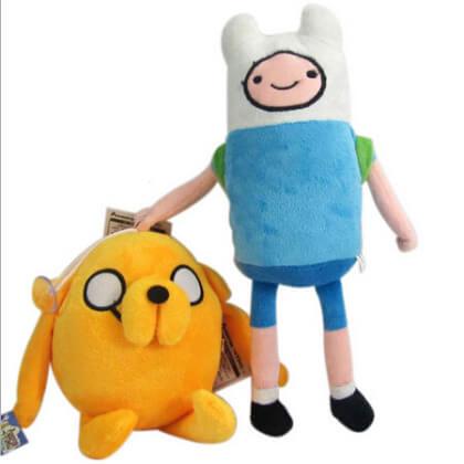 """На картинке мягкие игрушки Фин и Джейк """"Время приключений"""" (Adventure time), вид спереди."""