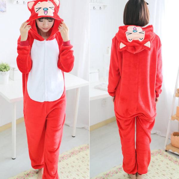 На картинке пижама-кигуруми «Лиса» (3 варианта), вид спереди и сзади, вариант Красная лиса.