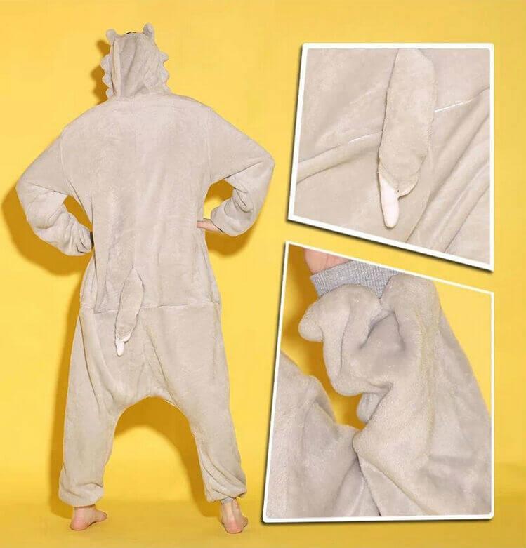 На картинке пижама-кигуруми «Волк», детали.