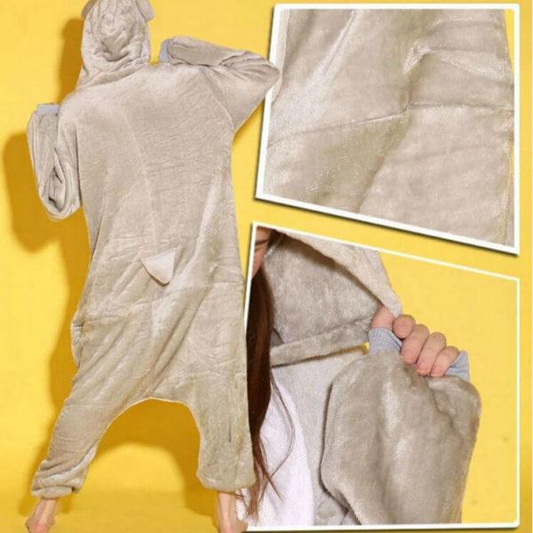 На картинке пижама-кигуруми «Коала» (2 варианта), детали и вид сзади, цвет серый.
