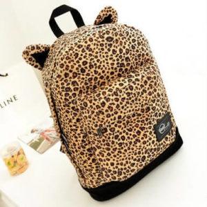 На картинке леопардовый рюкзак с ушками (ушами), общий вид.