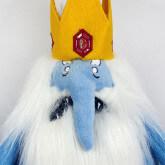 """На картинке мягкая игрушка Снежный король """"Время приключений"""" (Adventure time), детали."""